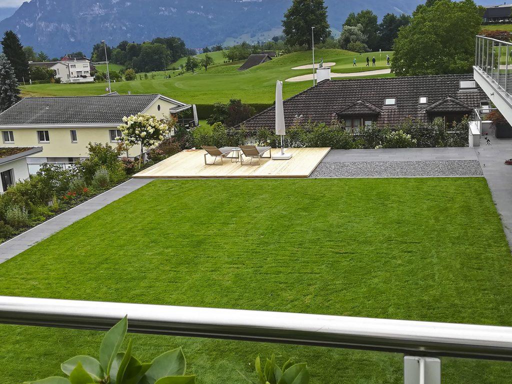 Amstutz Gartenbau AG, Dachgaerten, Rollrasenflaeche, Begruenung